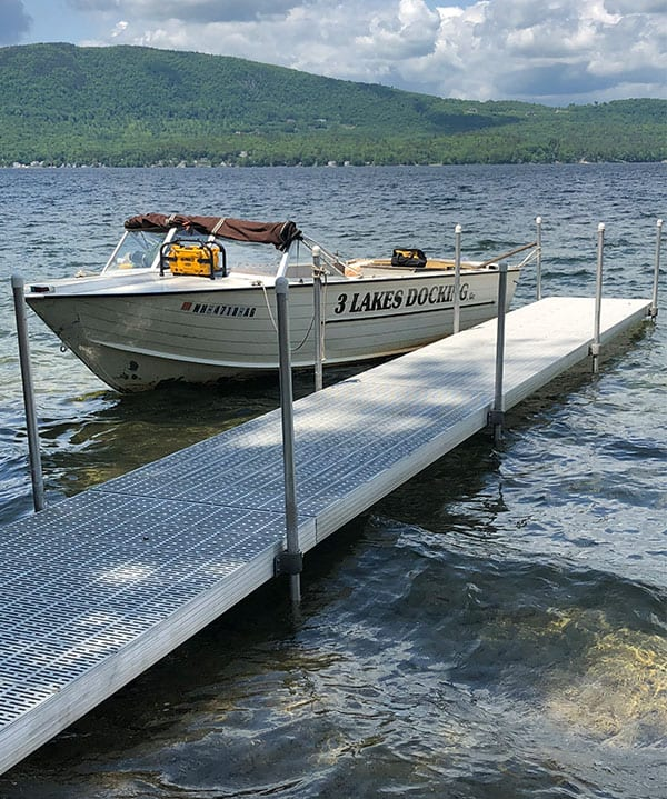 Pipe Dock with ThruFlow Decking